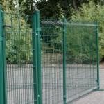 Kippenren met poortje, enkelstaafs-matten groen