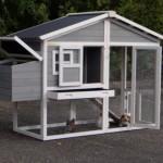 Konijnenhok Niels is voorzien van ruime deuren voor optimale toegankelijkheid