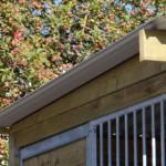 Dichte houten dakrand voor hondenkennel Forz 2x3 meter