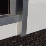 Aluminium langs randen opening hondenhok