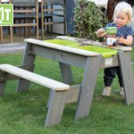 EXIT Aksent Zand-, Water- en Picknicktafel 1 bankje - met Parasol en kinder tuingereedschap