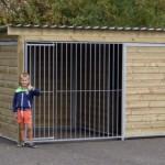 Hondenren Forz 3x2 meter met geidoleerd slaaphok. Prima kwaliteit!