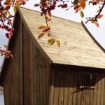Schitterend houten puntdak met glooiing is waterdicht