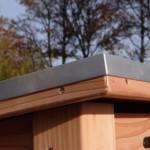 De Ferro is een hondenhok met oog voor detail: aluminium profiel langs de dakrand