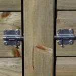 Kippenhok Professional Dubbel | stevige RVS schuifsloten op de deuren