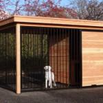 Grote hondenkennel FIX zwart met dak en Douglas houtkader 352x240 cm