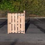 Afrastering zwart met Douglas houten palen
