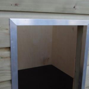 Nachthok Easy geïsoleerd - opening afgewerkt met aluminium