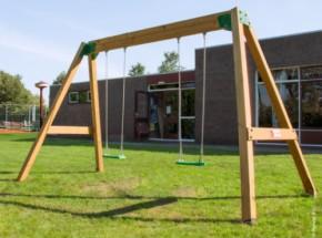Schommel voor professioneel gebruik: Hy-Land Classic Swing Set