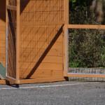 kippenhok met grote deuren