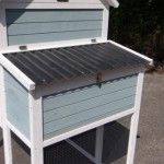 Kippenhok Alexia - legnest met scharnierend dak van kunststof