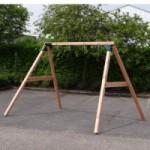 Stevig houten schommelframe