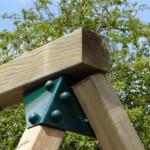 Stevige hoekverbinding in groen