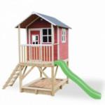 Speelhuis met glijbaan en zandbak - EXIT Loft 500 rood