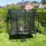 Trampoline EXIT Silhouette | rechthoek trampoline voor in de kleinere tuin | 153x214cm