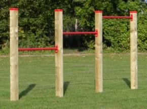 Duikelrek triple duikelstangen 125cm 4 geïmpregneerd houten palen 240cm