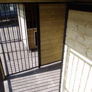 Tussenschot in kennel Compart 7,5x2m
