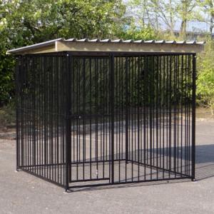 Hondenkennel FLINQ Zwart met dak Extra - vuren hout 235x220cm