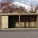 Hondenkennel FORZ zwart met houtkader, houten vloer, geïsoleerd nachthok en Luxe daksysteem