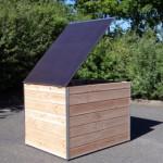 Geïsoleerd hondenhok Cube met scharnierend dak