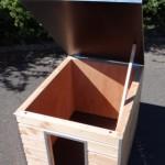 Geïsoleerd hondenhok Cube met scharnierend dak voor optimale toegankelijkheid
