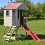 Speelhuisje Nordic Adventure House met glijbaan JoyPet