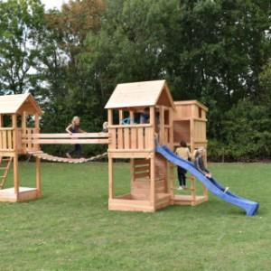 Douglas speeltoestel Backyard met beweegbrug