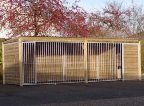 Hondenkennel Forz 2x6 meter met nachthok en vlondertje