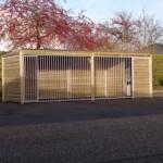 Hondenkennel Forz met kader 2x6 meter en geïsoleerd nachthok met vlonder
