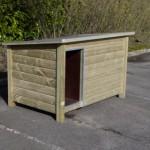 Hondenhok buiten? De Loebas is gemaakt van geïmpregneerd vurenhout & betonplex, afgewerkt met aluminium
