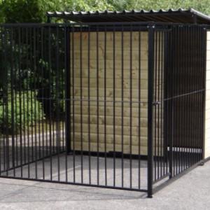 Hondenhok Fix Zwart 2x3 met half dak