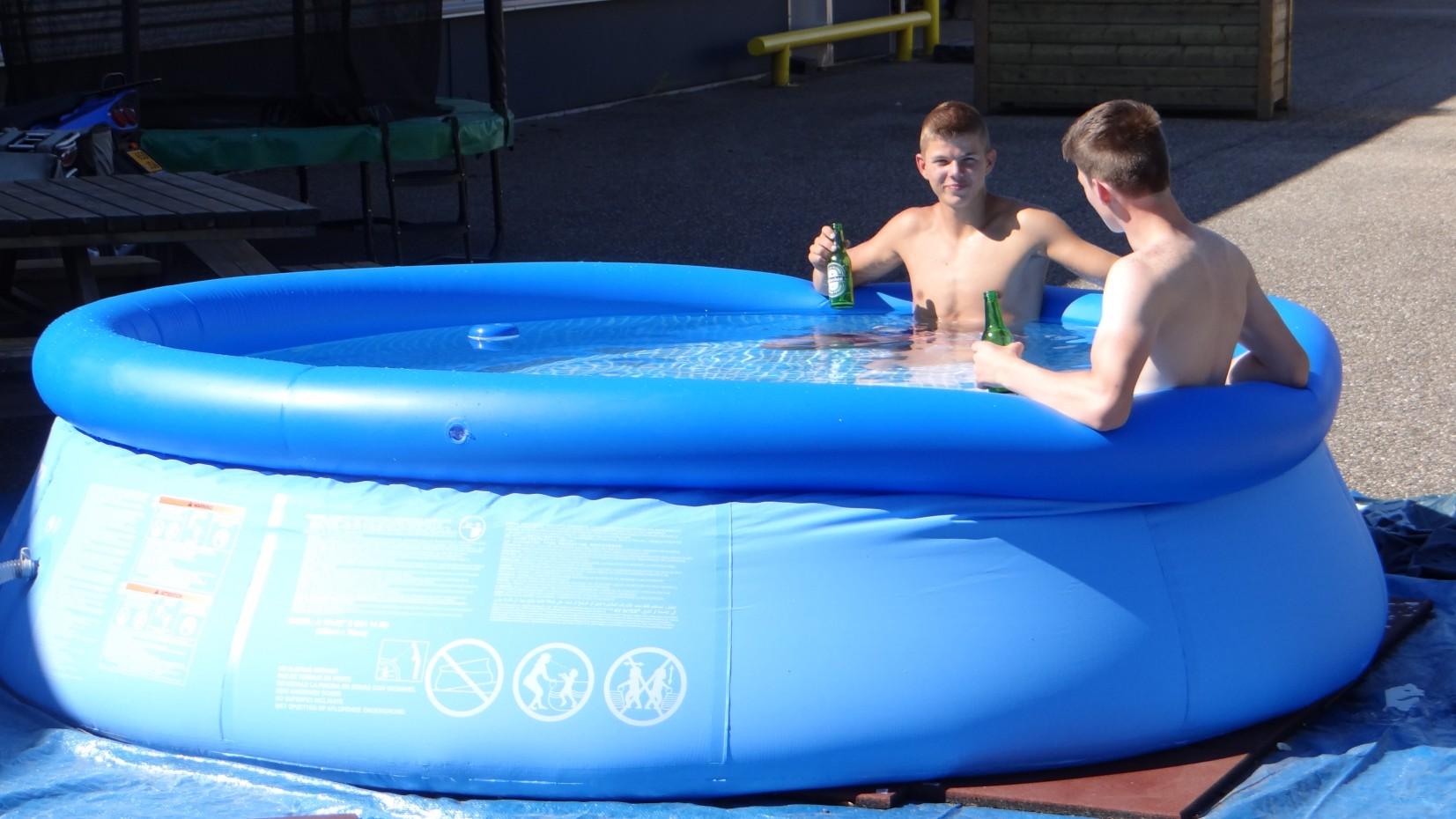 Zwembad intex easy set 305x76 met filterpomp for Zwembad rechthoekig met pomp