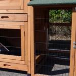 konijnenhok met aanbouwren