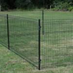 Paal Zwart 170cm voor hekwerk op gras