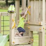 Speeltoestel voor in eigen tuin: de Blue Rabbit Cascade laag met glijbanen en schommel-aanbouw
