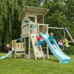 Speeltoestel Blue Rabbit Beach Hut hoog met aanbouwelementen en 2 glijbanen