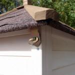 dak met dakleer konijnenhok