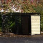 Hondenkennel Zwart met dak 2x3m