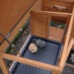 konijnenhok met scharnierdak