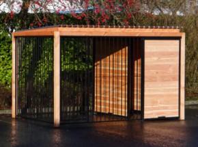 Hondenkennel FIX zwart met dak en Douglas houtkader 318x218 cm