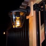 Lamp is een hangend model