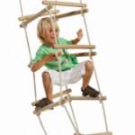 Houten touwladder voor speeltoestel