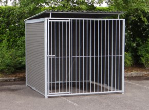 WPC hondenkennel inclusief dak 2x2m