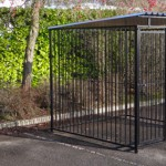 Hondenkennel FLINQ zwart met dak 2x2m