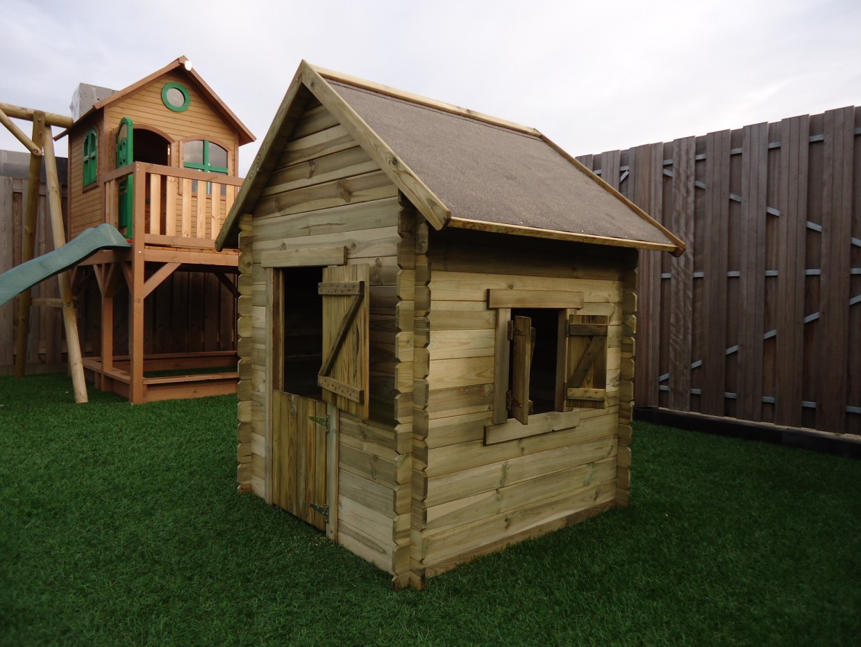 Houten speelhuisje voor in de tuin prestige garden lois for Houten trap voor buiten