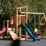 Speeltoestel gemaakt van duurzaam Douglashout.