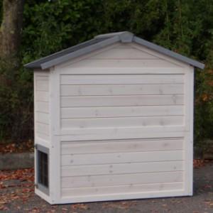 Konijnenhok Regular Small, anti-knaag, white-grey heeft een achterwand van massief hout.