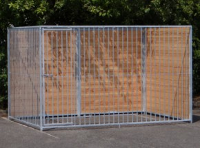Hondenkennel FERM met douglashout 2x3m