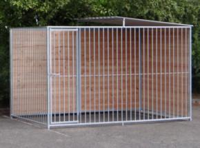 Hondenkennel FERM met douglashout en half dak 2x3m