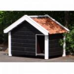 Hondenhok Snuf is een stevig en groot hondenhok in de kleur zwart/wit, met oranje dakpannen